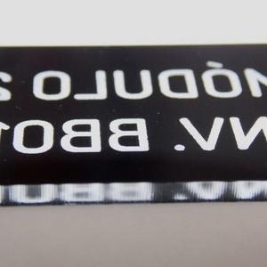 Etiqueta acrílica grande com corte a laser